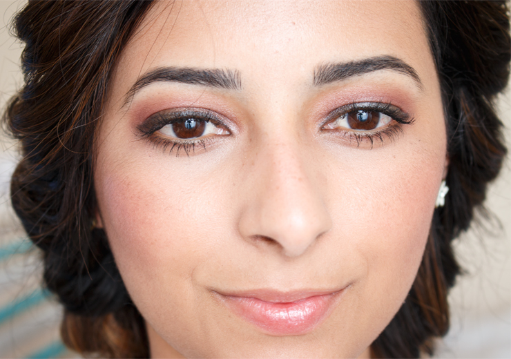 Festival Makeup Tutorial Glowing Skin and Pink Smokey Eye