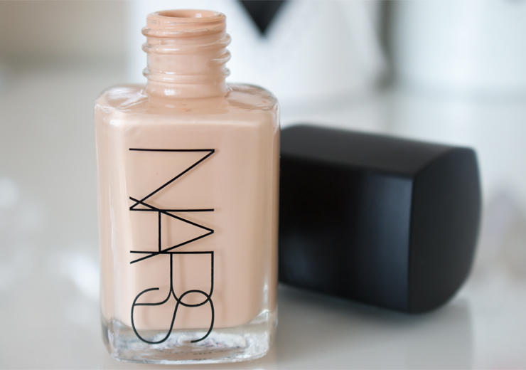 Nars Sheer Glow Foundation Review (Before & After)