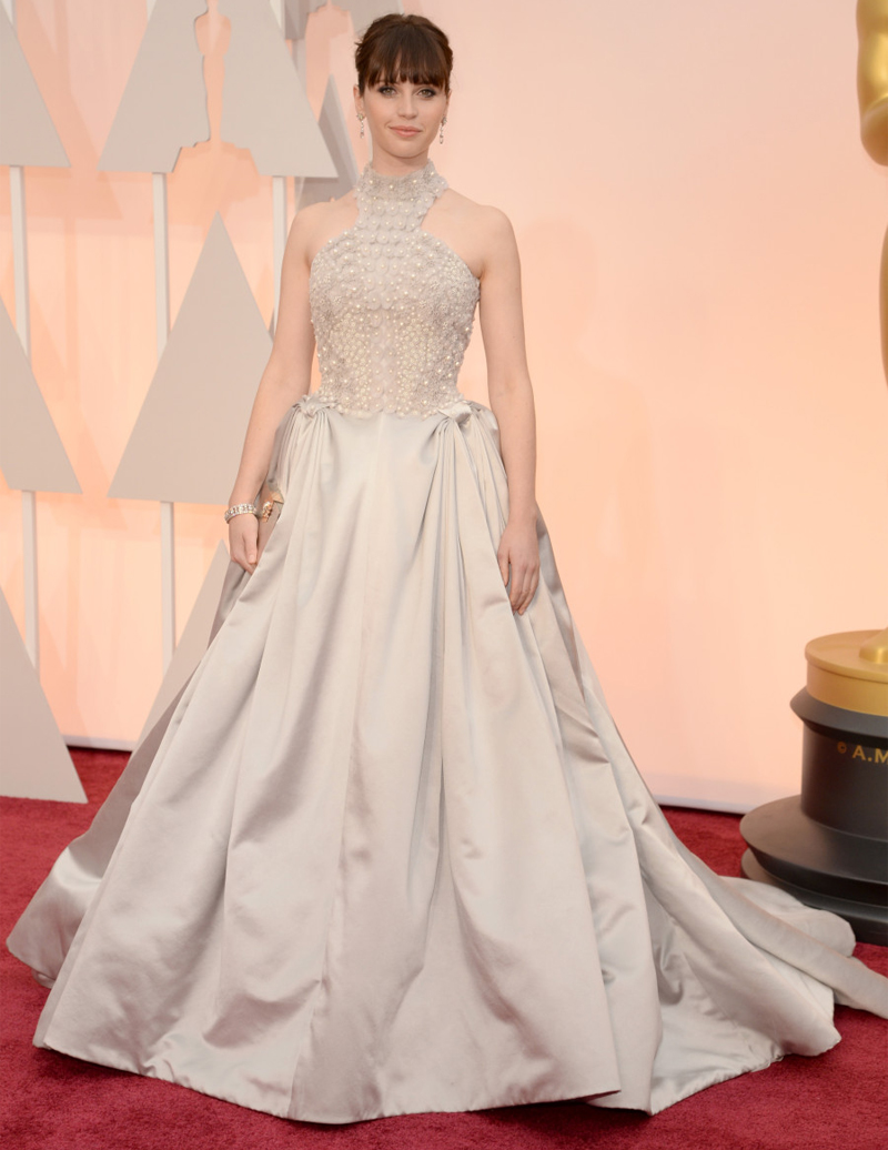 Felicity Jones Oscars Red Carpet 2015