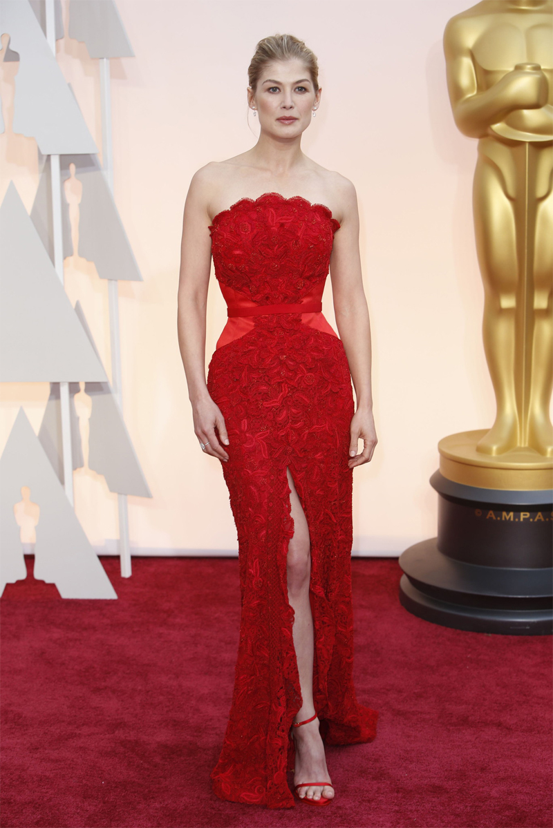 Rosamund Pike Oscars Red Carpet 2015